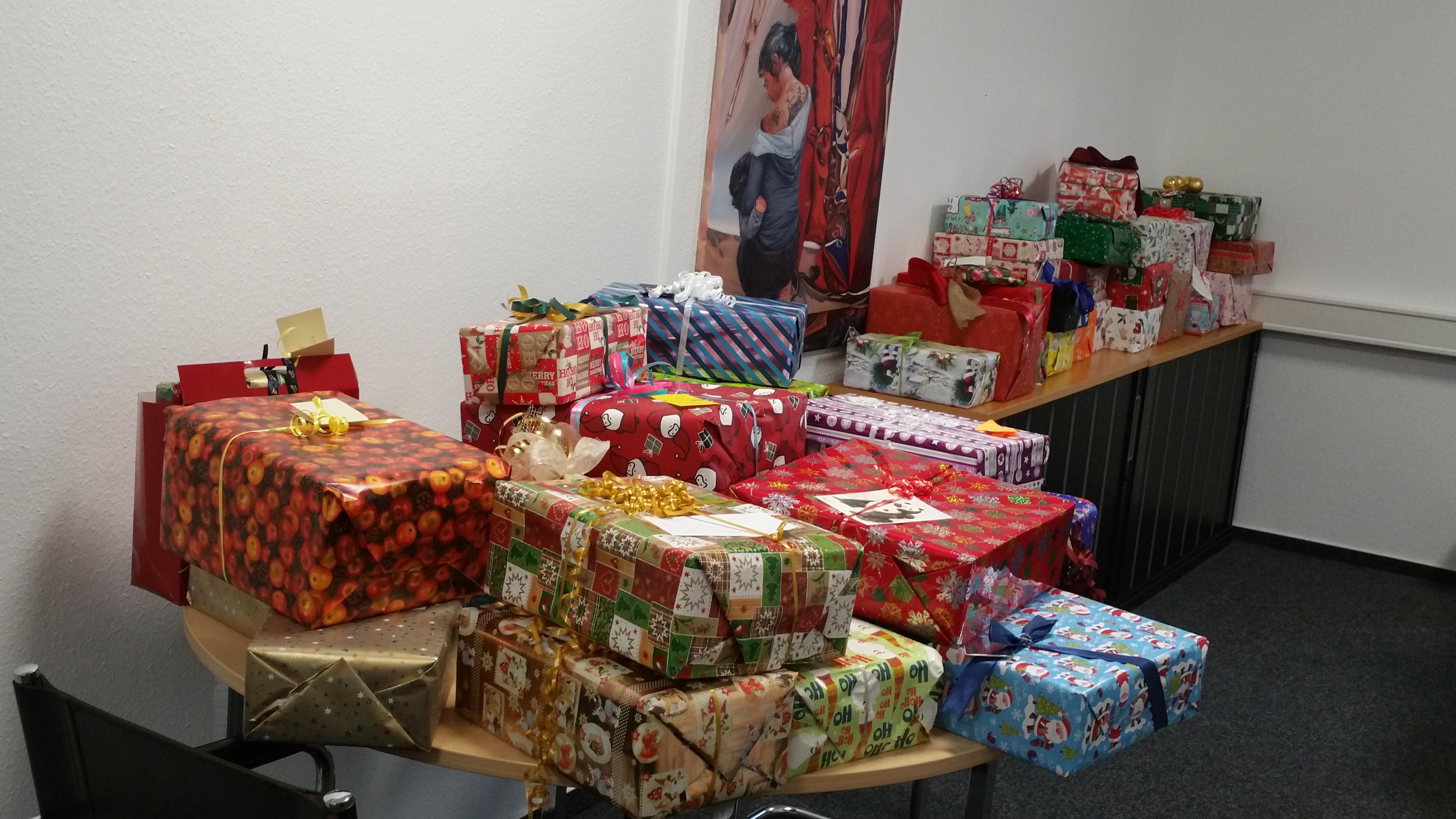 Geschenke für die Weihnachtsaktion